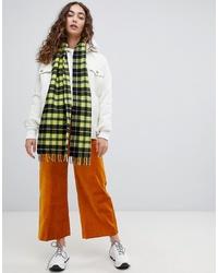 Женский зеленый шарф в шотландскую клетку от Weekday