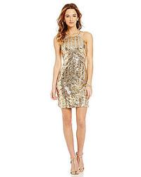 Золотое платье-футляр с пайетками