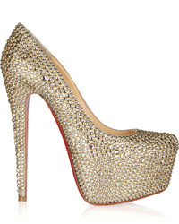 Золотые туфли с пайетками с украшением