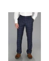 Классические брюки в шотландскую клетку