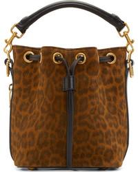 Коричневая замшевая сумка-мешок с леопардовым принтом
