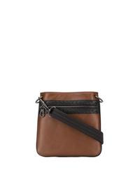 Коричневая кожаная сумка почтальона от Bottega Veneta
