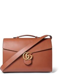 Мужская коричневая кожаная сумка почтальона от Gucci