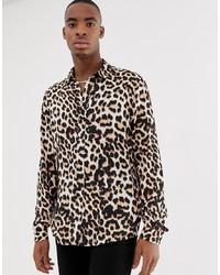Коричневая рубашка с длинным рукавом с леопардовым принтом