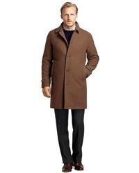 Коричневое длинное пальто в мелкую клетку