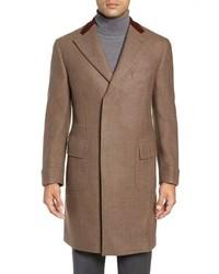 Коричневое длинное пальто