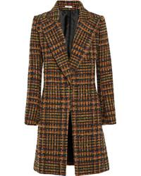 Женское коричневое пальто в шотландскую клетку