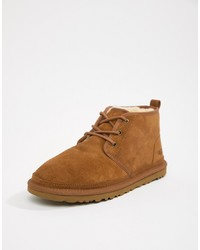 Коричневые замшевые ботинки дезерты от UGG