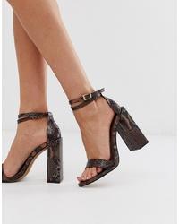 Коричневые кожаные босоножки на каблуке со змеиным рисунком от ASOS DESIGN