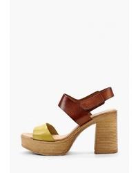 Коричневые кожаные босоножки на каблуке от Dali