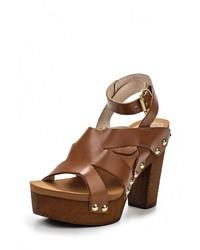 Коричневые кожаные босоножки на каблуке от Paola Ferri