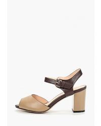 Коричневые кожаные босоножки на каблуке от Teetspace