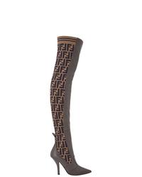 Коричневые кожаные ботфорты от Fendi