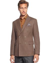 Коричневый двубортный пиджак в вертикальную полоску