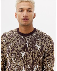 Мужской коричневый свитер с круглым вырезом с леопардовым принтом от ASOS DESIGN