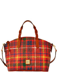 Красная большая сумка из плотной ткани в шотландскую клетку