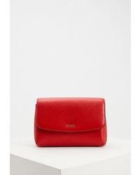 Красная кожаная поясная сумка от DKNY