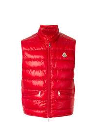 Красная куртка без рукавов