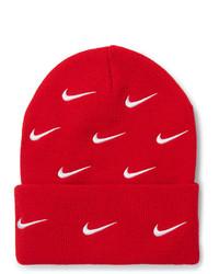 Мужская красная шапка с принтом от Nike