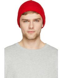 Мужская красная шапка от Ami