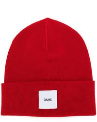 Мужская красная шапка от Oamc