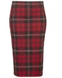 Красная юбка-карандаш в шотландскую клетку