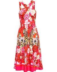 Красное платье-миди с цветочным принтом