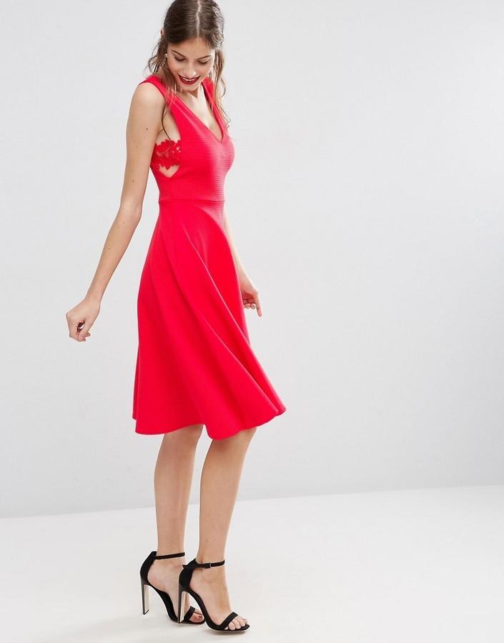 24083de5c26 ... Красное платье-миди от Asos ...