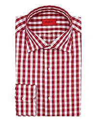 Красно-белая рубашка с длинным рукавом в мелкую клетку