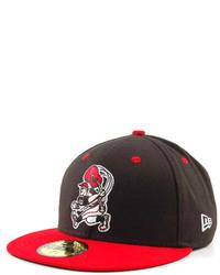 Красно-черная бейсболка