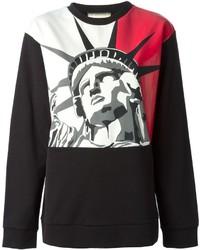 Красно-черный свитер с круглым вырезом с принтом
