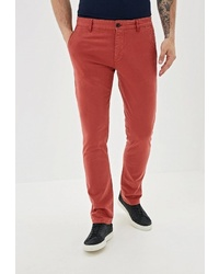 Красные брюки чинос от Colin's