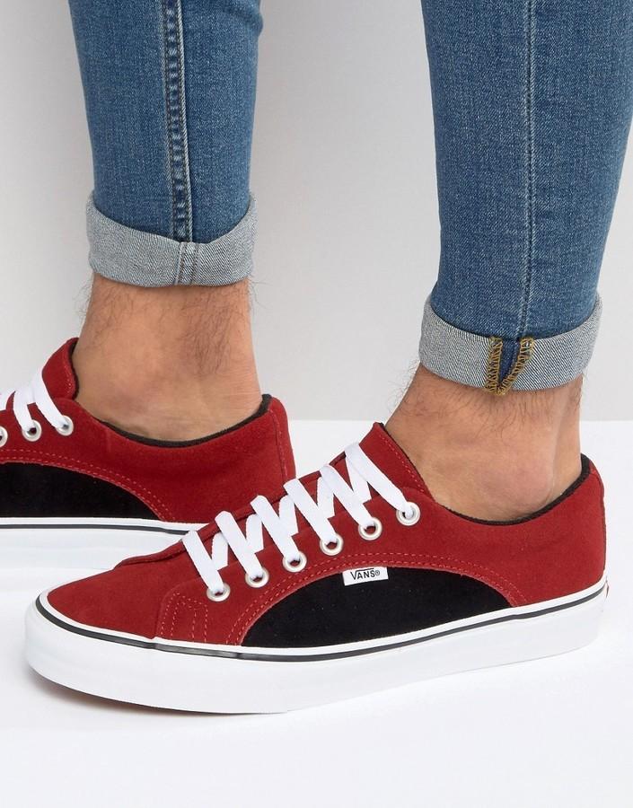 Мужские красные замшевые кеды от Vans   Где купить и с чем носить d152dee4f6a