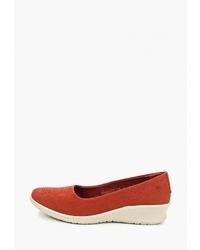 Красные замшевые туфли на танкетке от Woods by Woodland