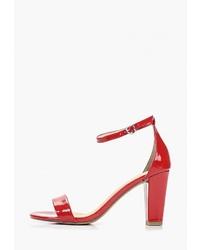 Красные кожаные босоножки на каблуке от Marco Tozzi