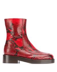 Красные кожаные ботильоны со змеиным рисунком от Marni