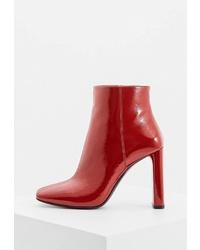 Красные кожаные ботильоны от Casadei