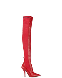 Красные кожаные ботфорты от Fendi