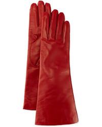 Красные кожаные перчатки