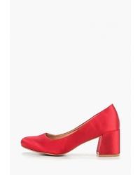 Красные сатиновые туфли от Catisa