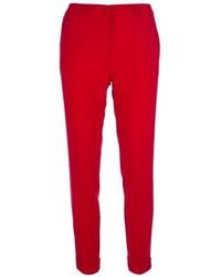 Красные узкие брюки