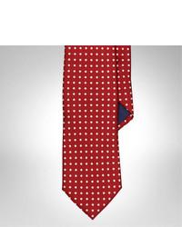 Красный галстук в горошек