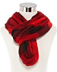 Красный шарф в клетку