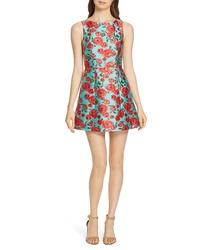 Мятное платье с пышной юбкой с цветочным принтом
