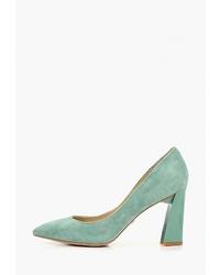 Мятные замшевые туфли от Laura Valorosa