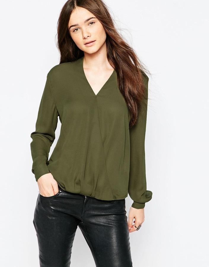 b292fde5695 ... Оливковая блузка с длинным рукавом ...