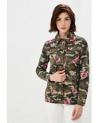 Оливковая куртка в стиле милитари с камуфляжным принтом от O'stin