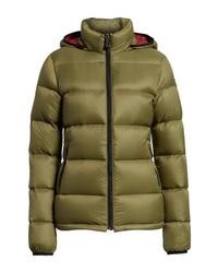 Оливковая куртка-пуховик