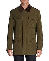 Оливковая куртка с воротником и на пуговицах