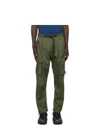 Оливковые брюки карго от Nike